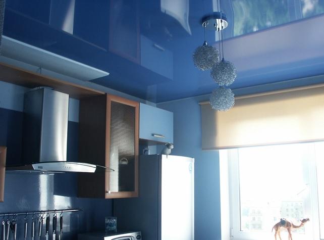 Натяжные потолки для кухни 6 кв.м.